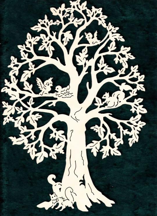 FBA 237 Baum mit verschiedenen Tieren
