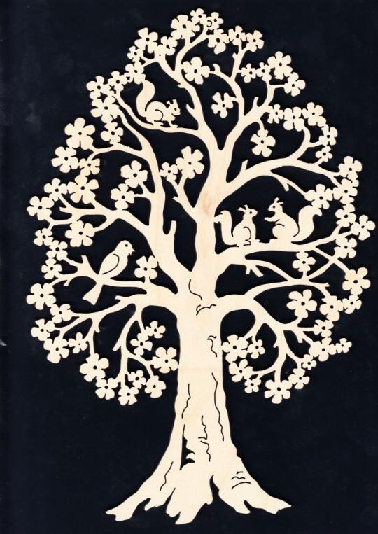 FBA 232 Baum mit Eichhörnchen